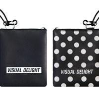 Black dot card pocket