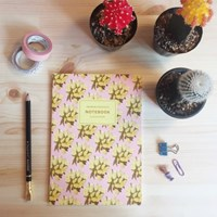 04_PATTERNNOTEBOOK_YELLOWFLOWER