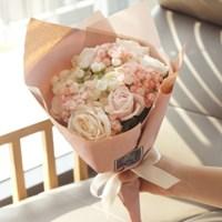수줍은고백 꽃다발