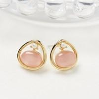 핑크 원석 삼각 귀걸이