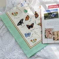 [울스터위버스] 나비(Butterflies) 면 티타올