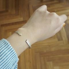 sensitive_Bracelet