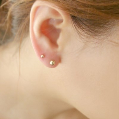14k gold small simple ball piercing