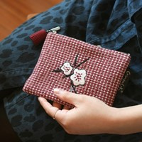 Knit check_Red flower pouch(s)