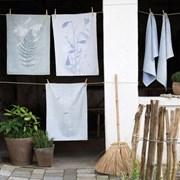 Tea Towel Leaf by Susanne Schjerning