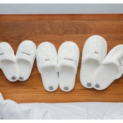 THE TOWEL SLIPPERS [WHITE]