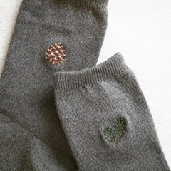 embroidery socks_cone