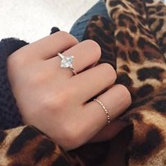 런던블루 토파즈 퀸즈 반지 london blue topaz queen's ring