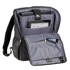 15.6형 노트북 백팩 가방 RIVACASE 8261
