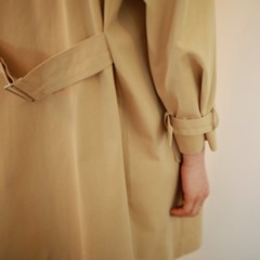 Daily line trench coat