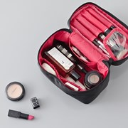 WHOLE MAKE-UP BOX