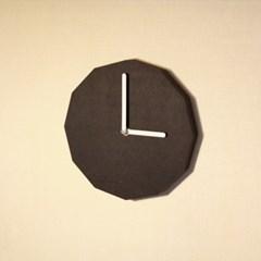 12 Clock Black