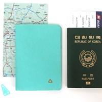 더 베이직 프리즘 여권커버