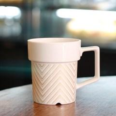 Garden Pot Mugs oro1