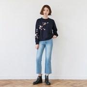 [마이블린] 심쿵 벚꽃 자수 맨투맨 티_(407573)