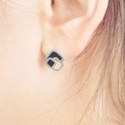 CELLA Cell Silver Tetragon Earrings