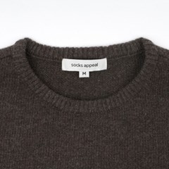 lambswool sweater, chowchow