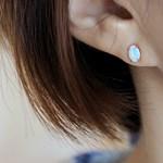 미니 오벌 오팔 귀걸이(10월탄생석)mini oval opal earring
