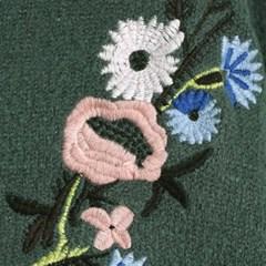 코벤트가든 자수 스웨터