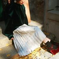 Gloss accordion pleat skirt