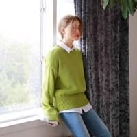 Point color slit knit
