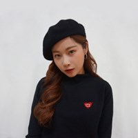 Black ♥' knit