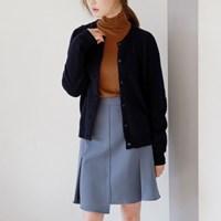 Round neck wool cardigan
