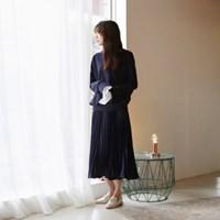 Glossy flare pleats skirt