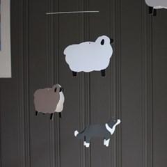 보더콜리와 양 모빌 (Border Collie and Sheep Mobile)