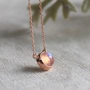 써클 레인보우 문스톤 목걸이 cirlce rainbow moonstone necklace