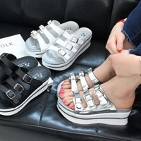 kami et muse Three belted platform slippers _KM17s131