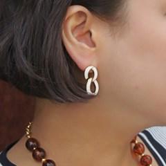 White Chain Earring