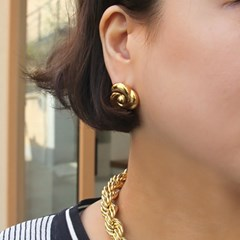 Gold Rose Earring