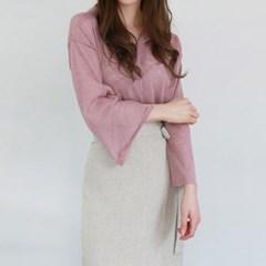 V-neck collar cool knit