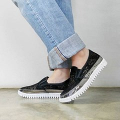 kami et muse Shiny point lace slip on sneakers_KM17s170