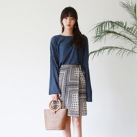 Wide sleeve valley knit