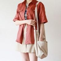 Nacre button linen shirt