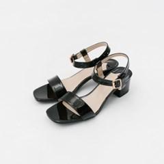 Strap enamel middle heel