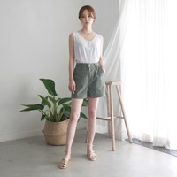 Natural color linen banding shorts