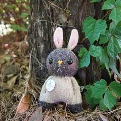 양말인형 삑삑이 토끼 래빗정 키링(브라운)