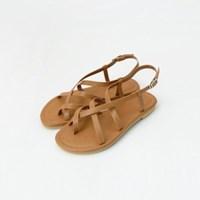 Toe cross strap sandals