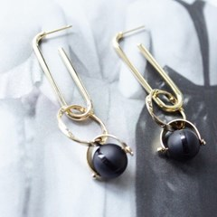 [Treaju]Long oval black drop earring