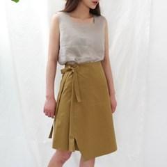 Linen square sleeveless top
