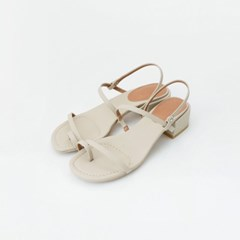 Simple toe strap middle sandals