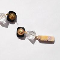 65 - vintage stone drop earring