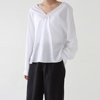 Stitch point loose blouse