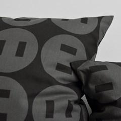 30 button up cushion