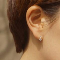 14k gold twin cubic piercing