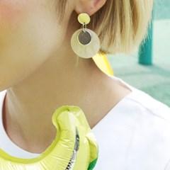 Flying petals_confetti earrings