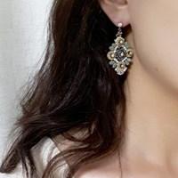 [vintage] trevis earring